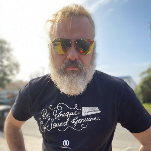 Gaz Williams Rocking the Be Unique Sound Genuine Soundtrack Loops T-Shirt